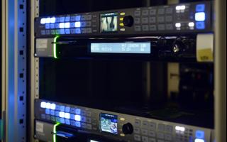 衛星受信または収録テープ~Uplink